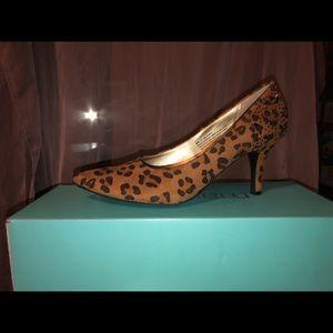 Shoes - Faux suede pumps